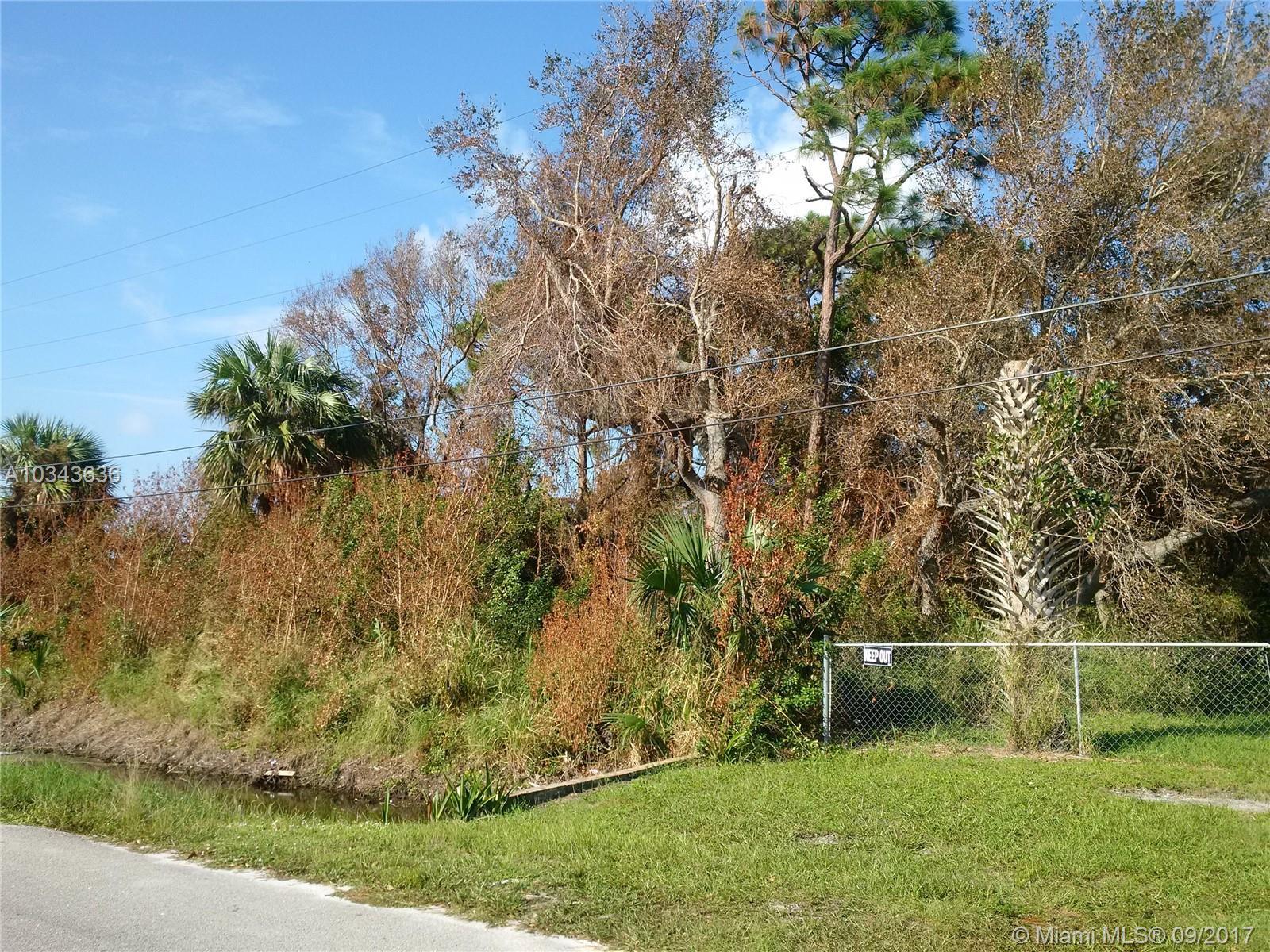 17 North Cswy, Fort Pierce, FL 34946
