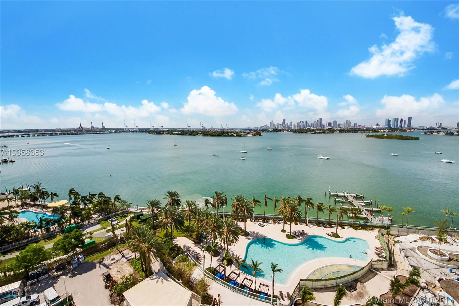 1500  BAY RD #1514S For Sale A10358353, FL