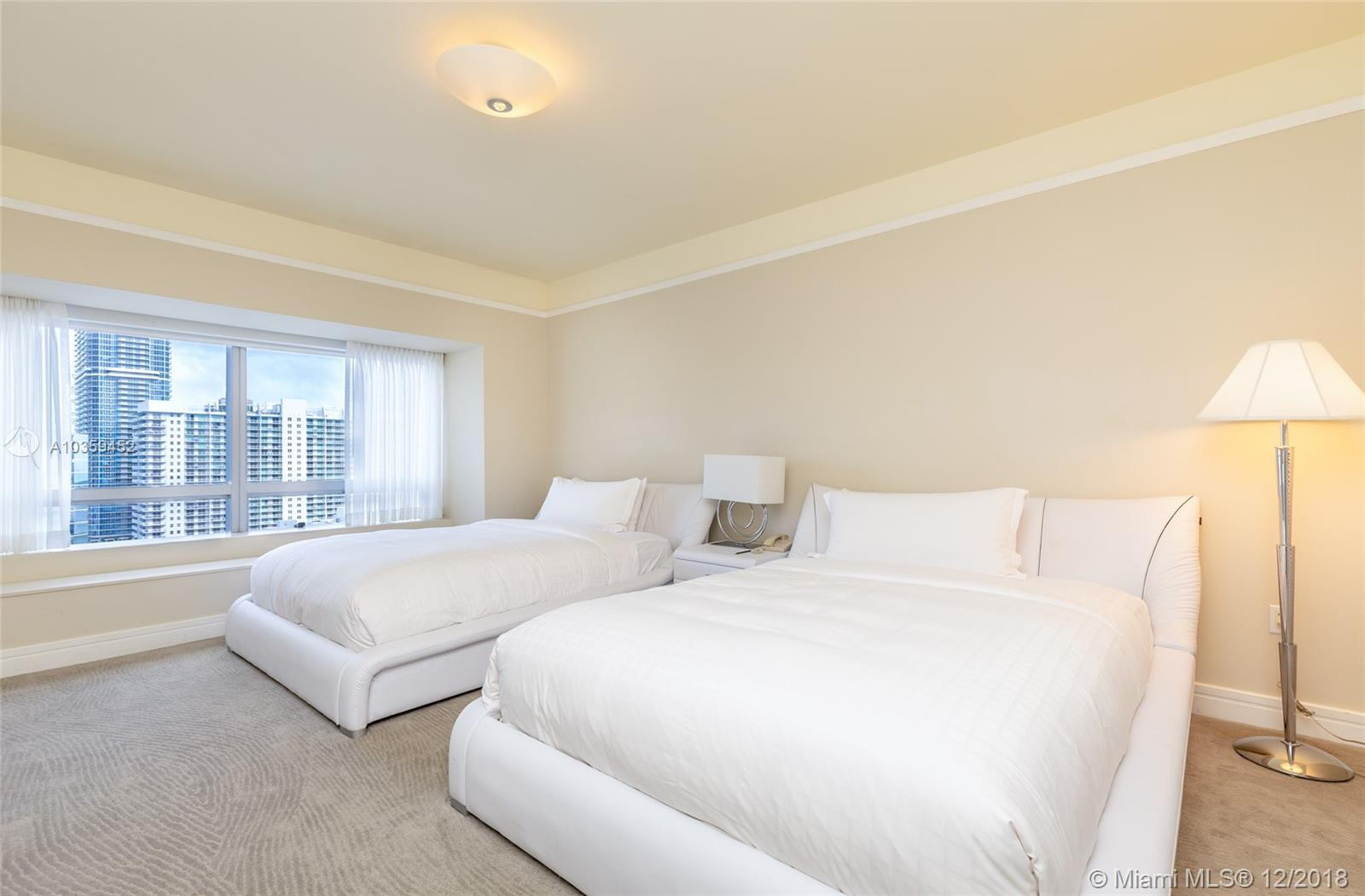 Image 3 For 1435 Brickell Ave  3112