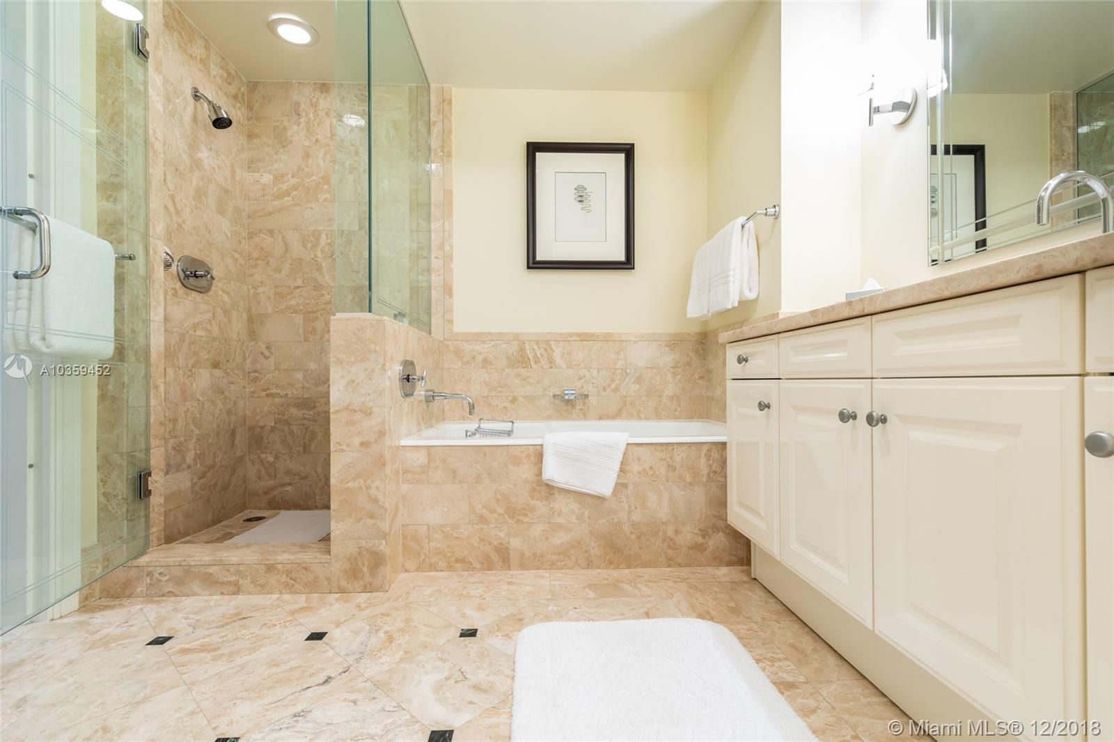 Image 31 For 1435 Brickell Ave  3112