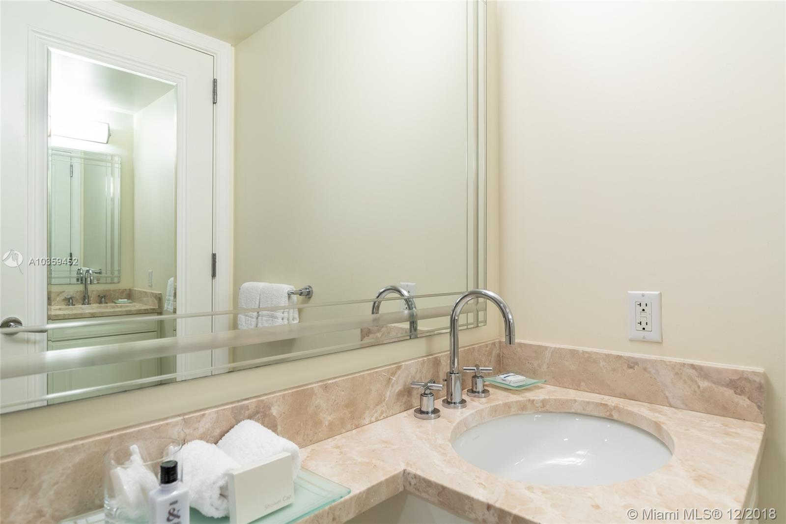 Image 7 For 1435 Brickell Ave  3112