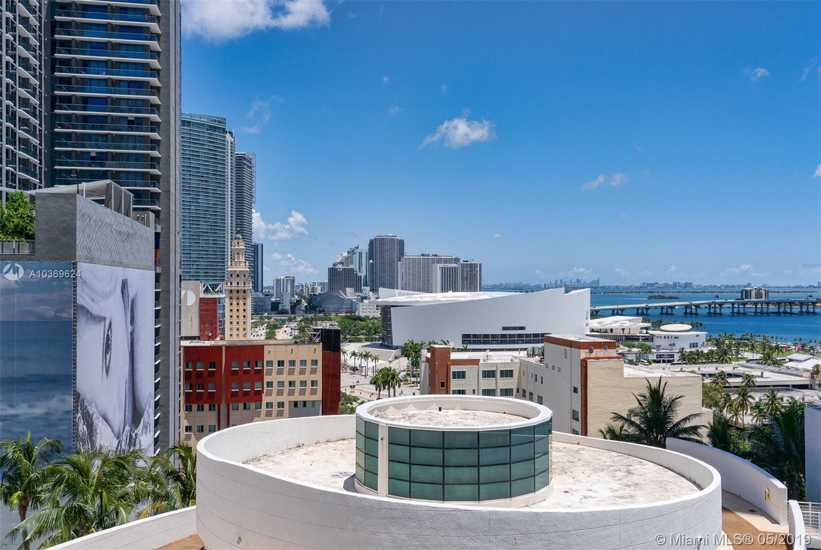253 NE 2 St #1502, Miami, Florida image 2