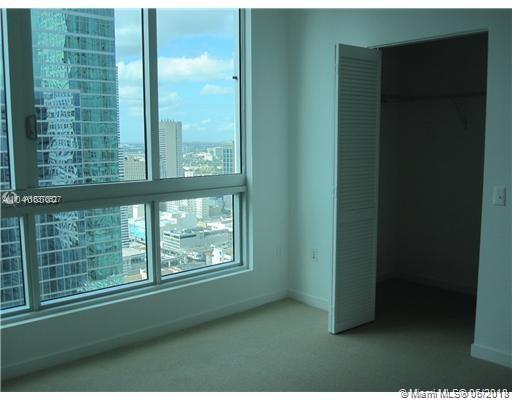 300 S Biscayne Blvd #T-2001, Miami, Florida image 2