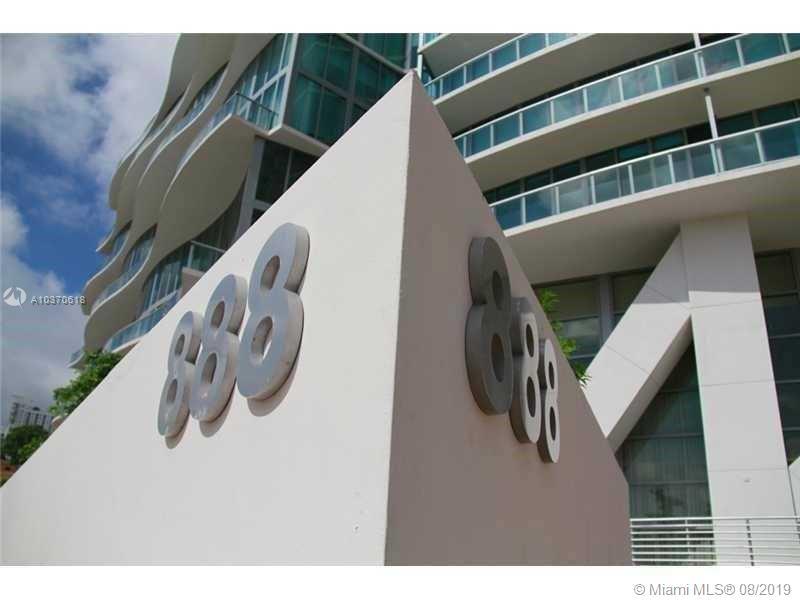 888 Biscayne Bl #4204, Miami, Florida image 2