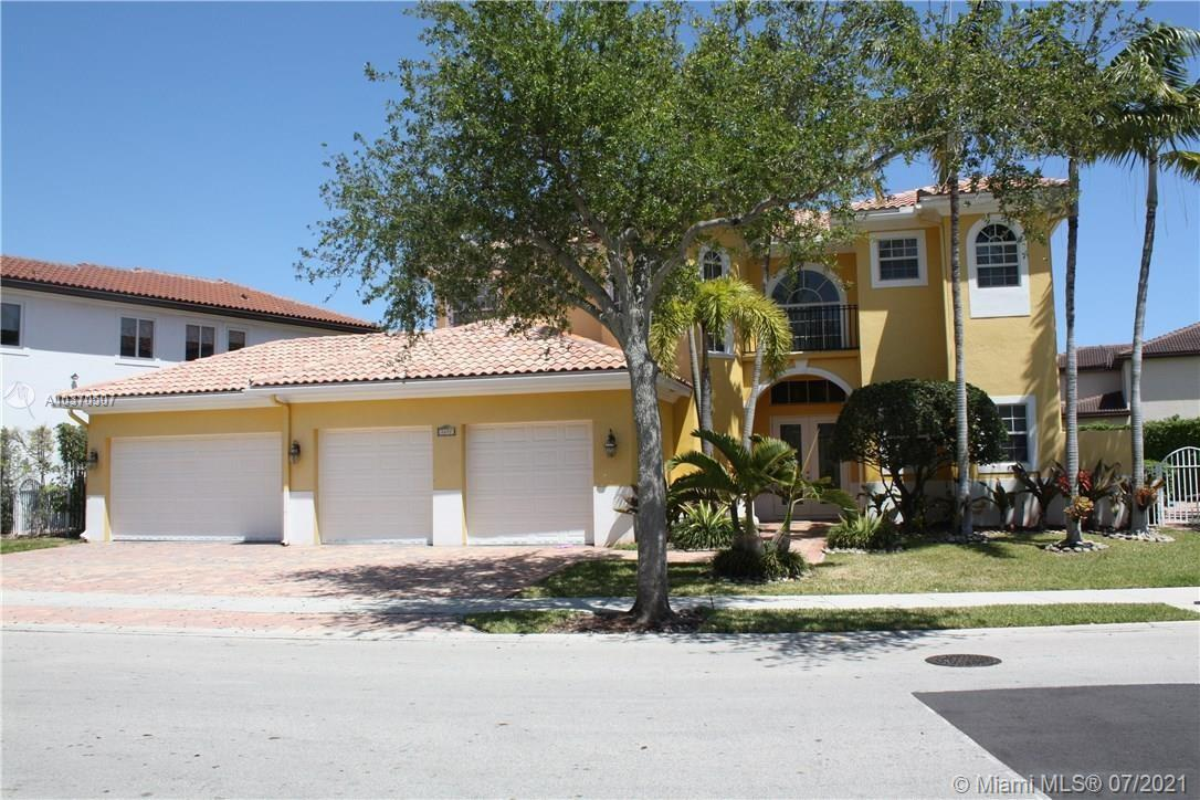 1477  Presidential Way  For Sale A10370507, FL