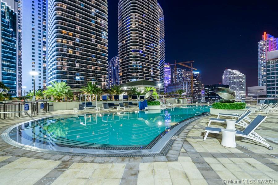 999 SW 1st ave #2903 For Sale A10371233, FL