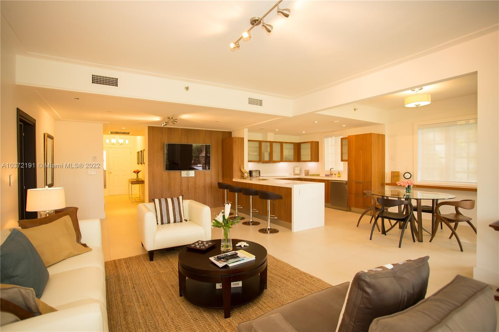 19127  Fisher Island Dr #19127 For Sale A10372191, FL