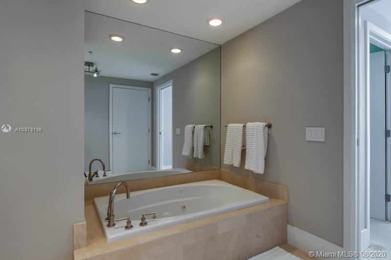 3801 Collins Ave #1101, Miami Beach, Florida image 23