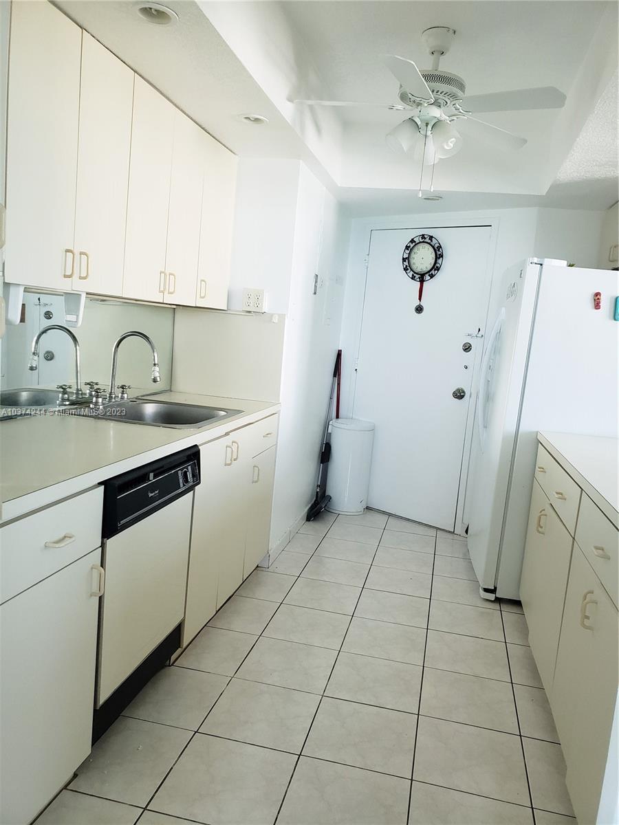5401 Collins Ave #919, Miami Beach, Florida image 16