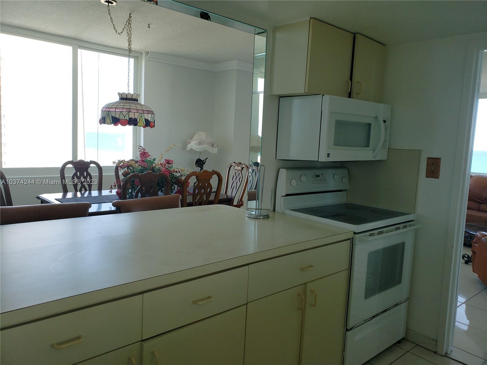5401 Collins Ave #919, Miami Beach, Florida image 15