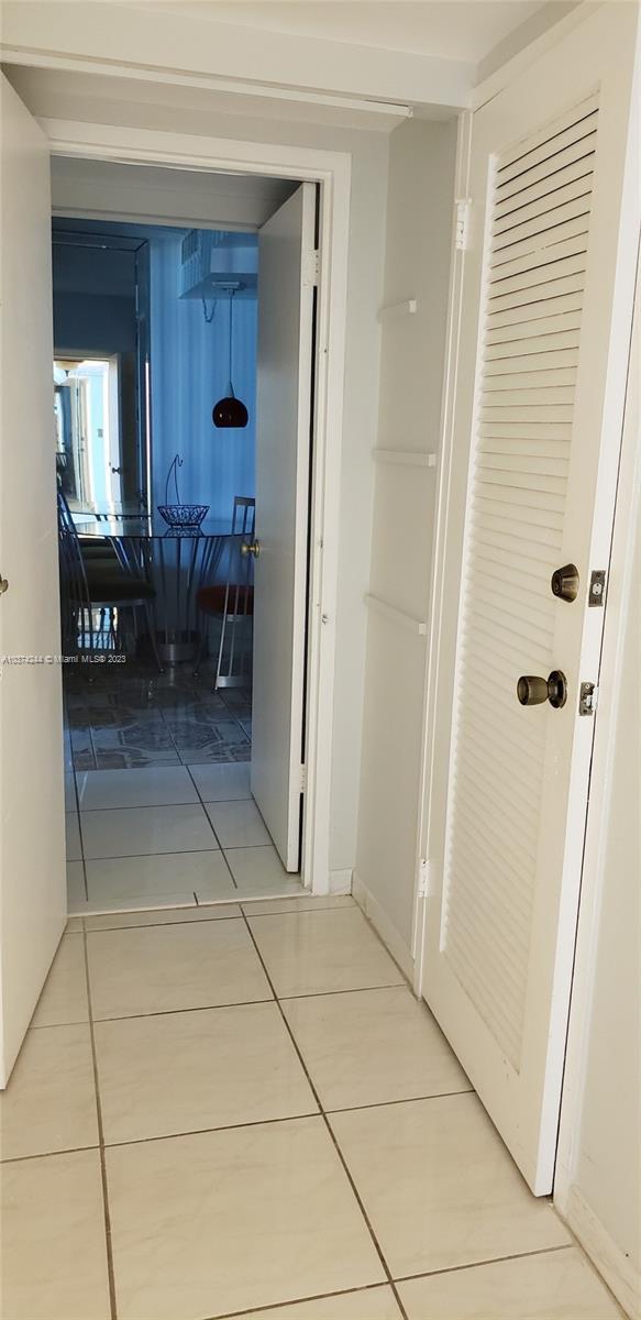 5401 Collins Ave #919, Miami Beach, Florida image 14