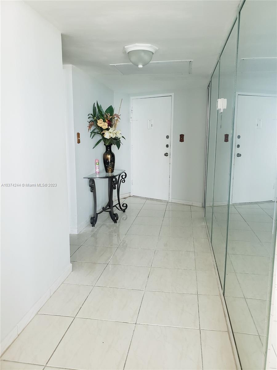5401 Collins Ave #919, Miami Beach, Florida image 22