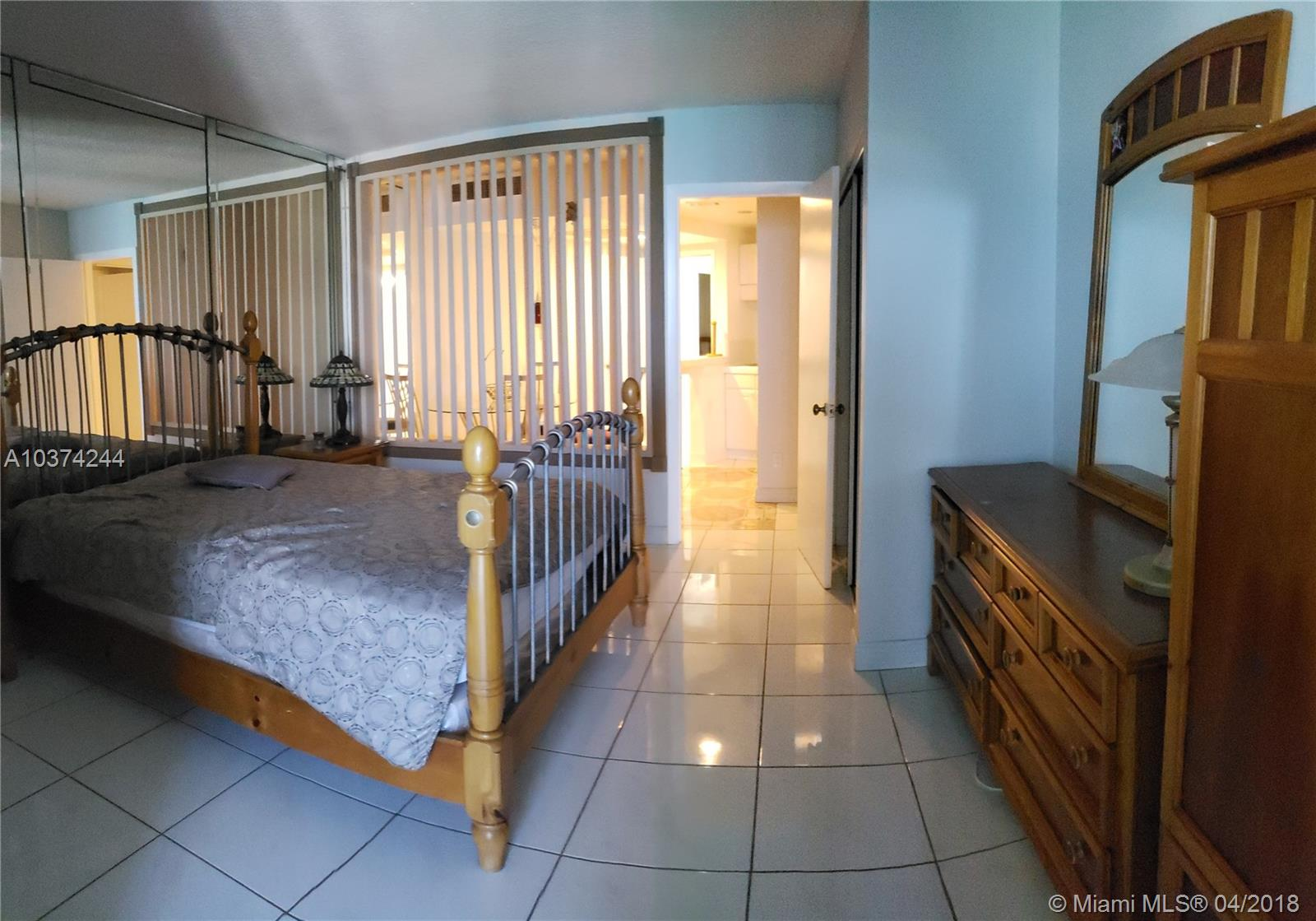 5401 Collins Ave #919, Miami Beach, Florida image 21