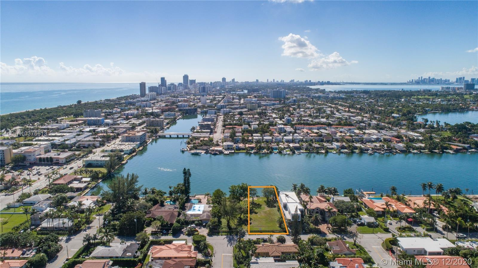 700  88th St  For Sale A10376613, FL