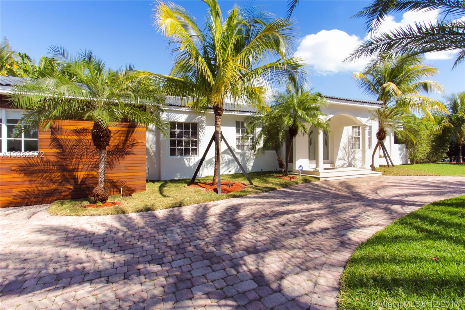 145 S Hibiscus Dr  For Sale A10382572, FL