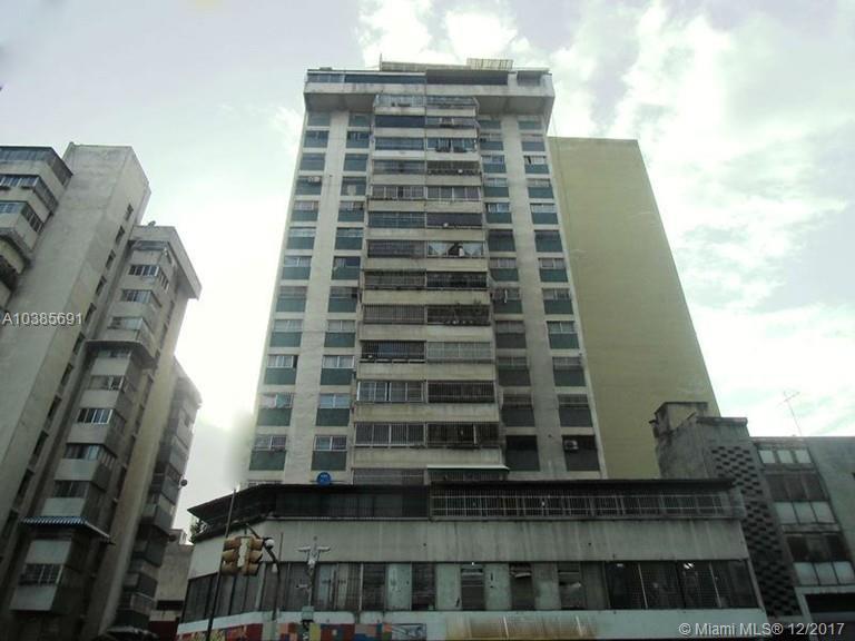 Av Baralt esquina cuartel viejo a pineda ##33 Edificio Cuartel viej For Sale A10385691, FL