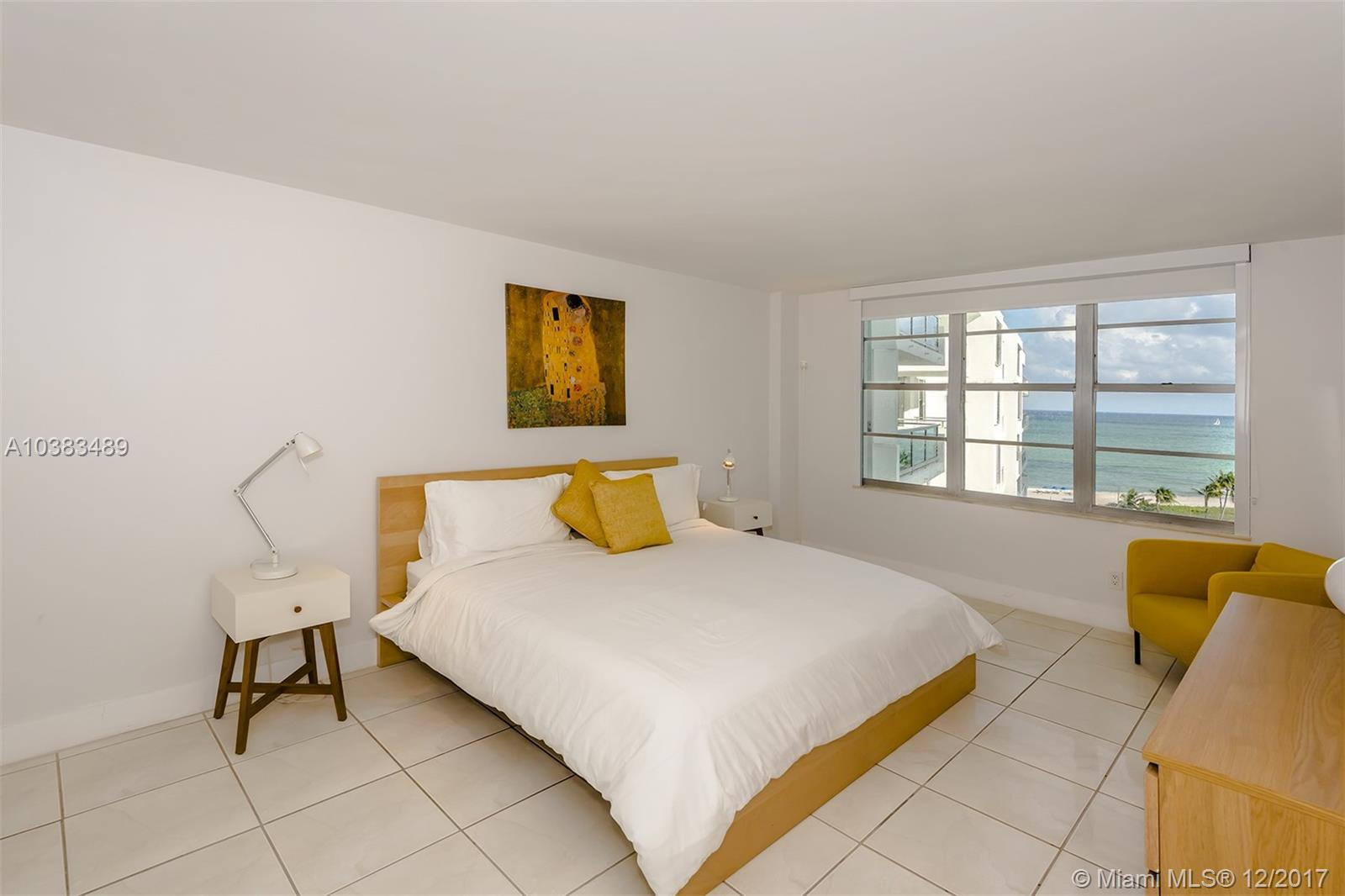 5151 Collins Ave  926