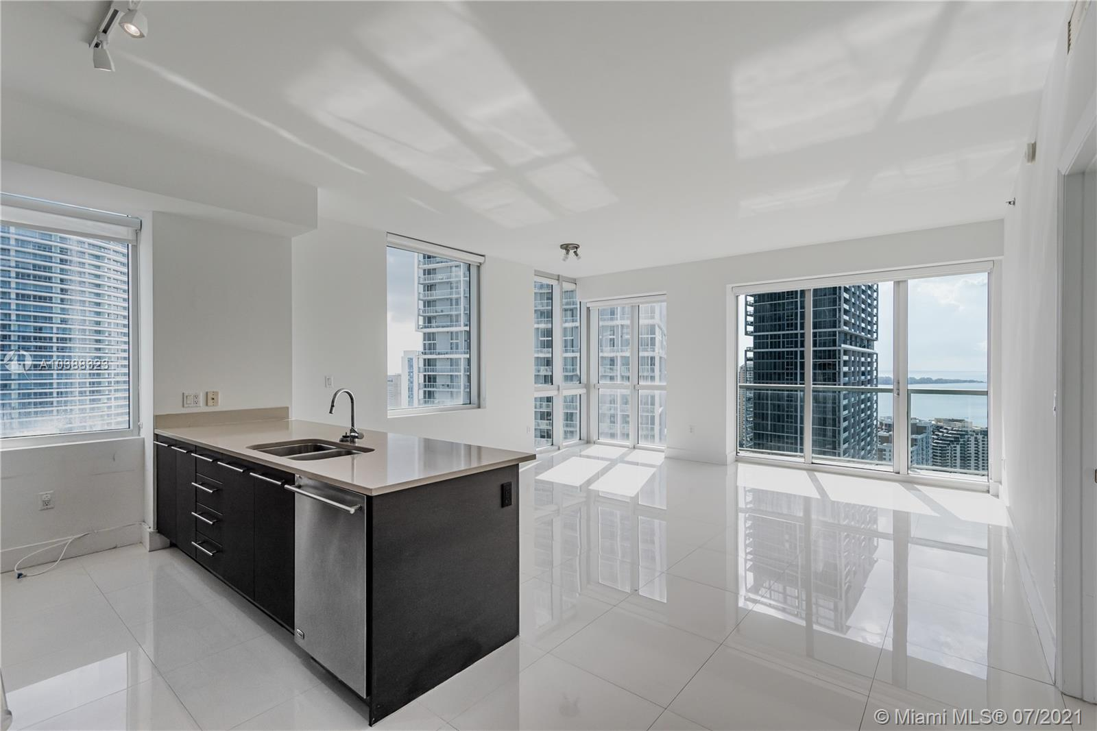 500 Brickell Ave #4101, Miami, Florida image 40