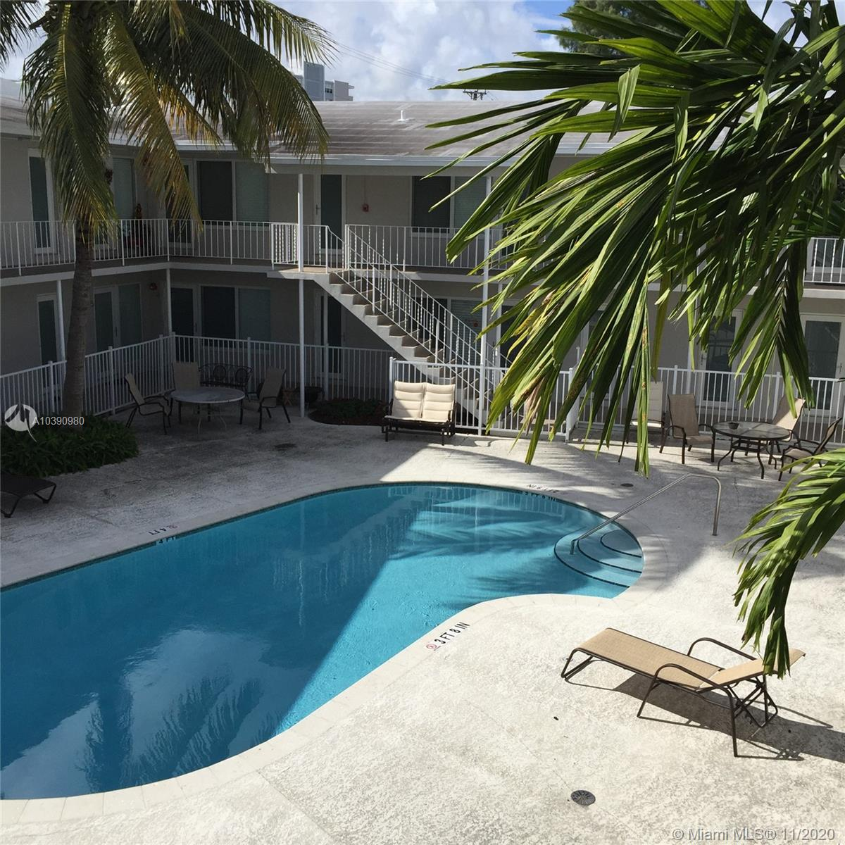 1940  Biarritz Dr  For Sale A10390980, FL