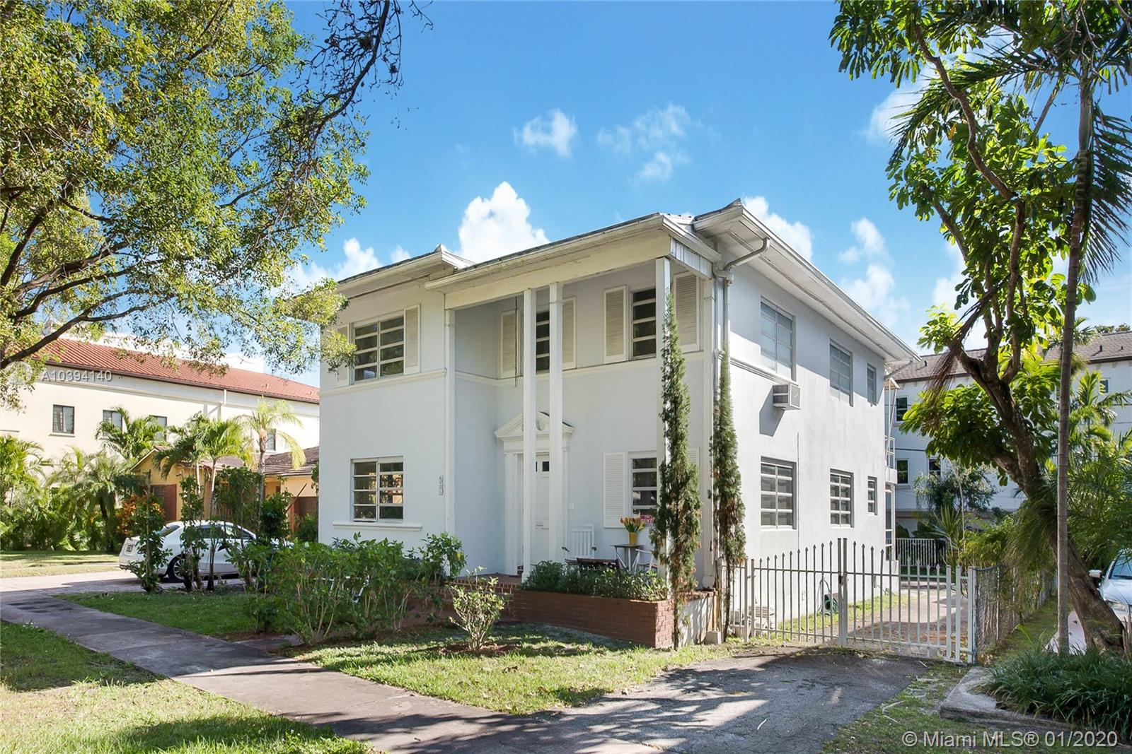 636  Malaga Ave  For Sale A10394140, FL