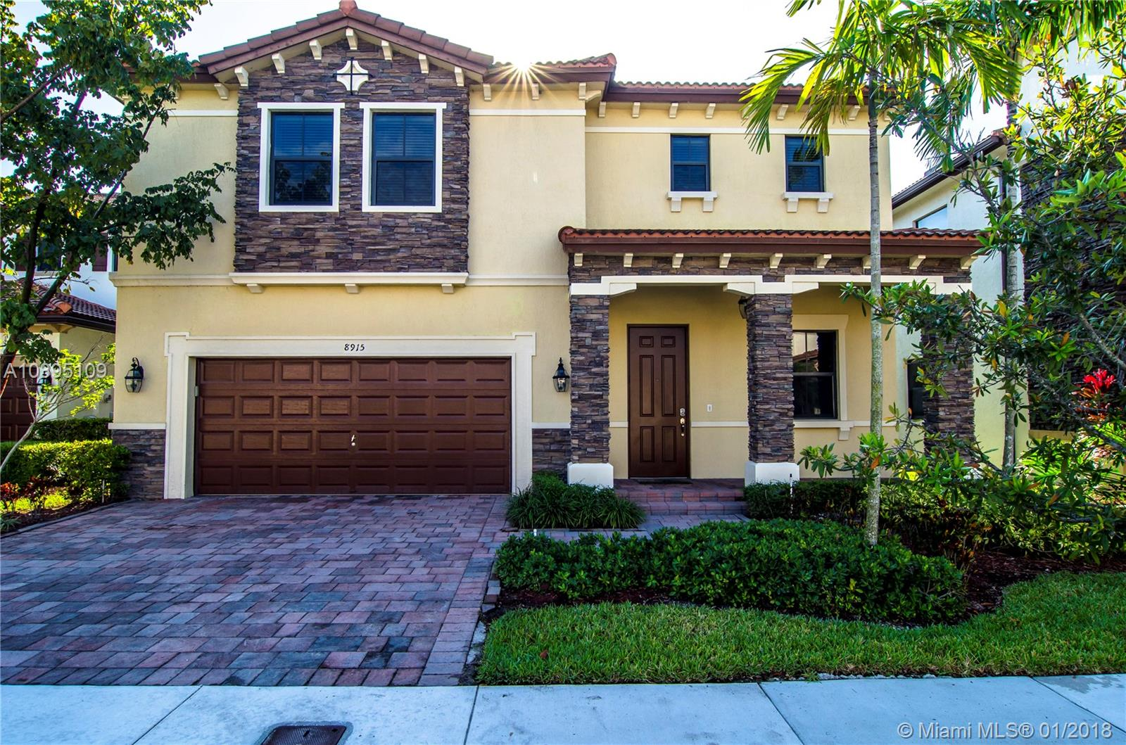 8915 NW 99th Ave  For Sale A10395109, FL
