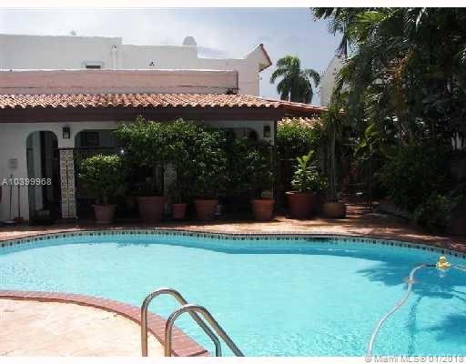 2812  PRAIRIE AV  For Sale A10399968, FL