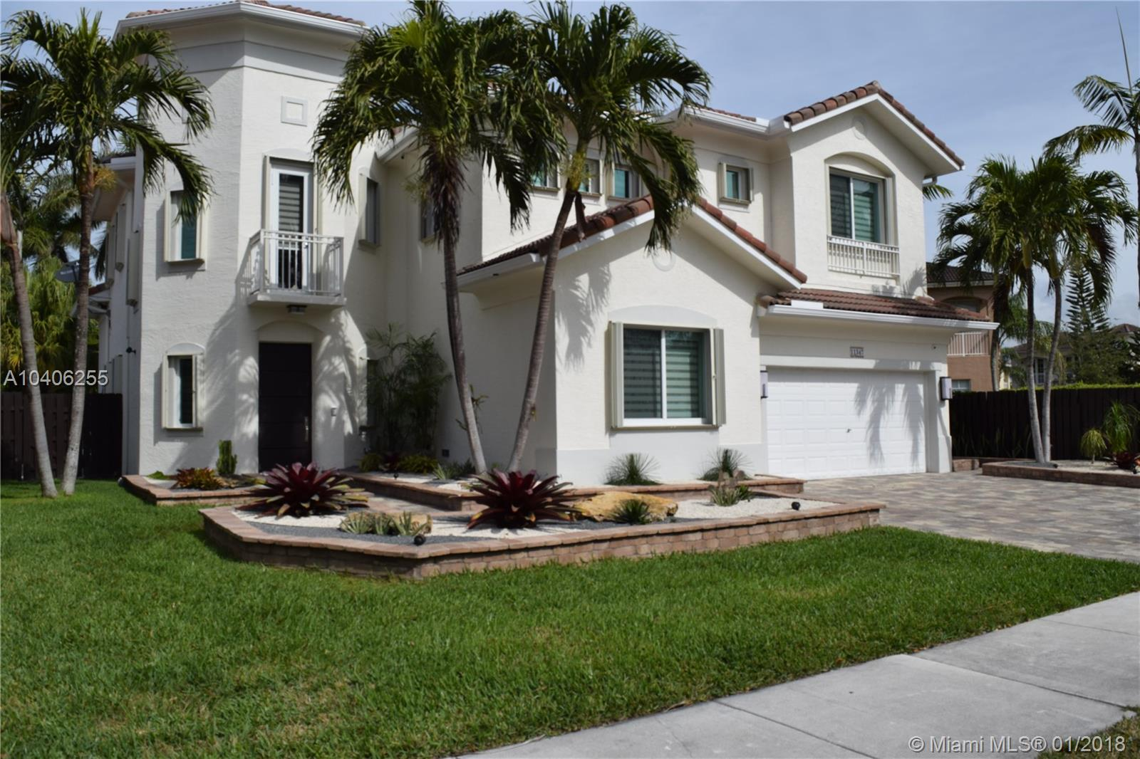11347 NW 68 ST  For Sale A10406255, FL