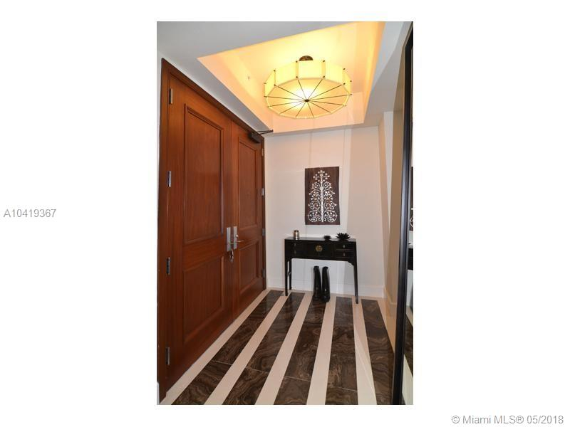 1425  Brickell Ave #56CD For Sale A10419367, FL