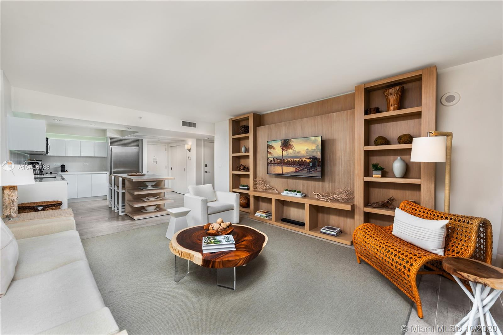 102  24th St #1208 For Sale A10426788, FL