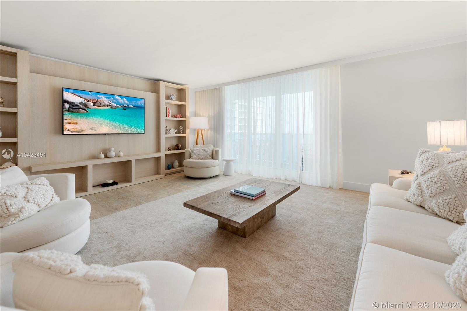 102  24th St #1122 For Sale A10428491, FL