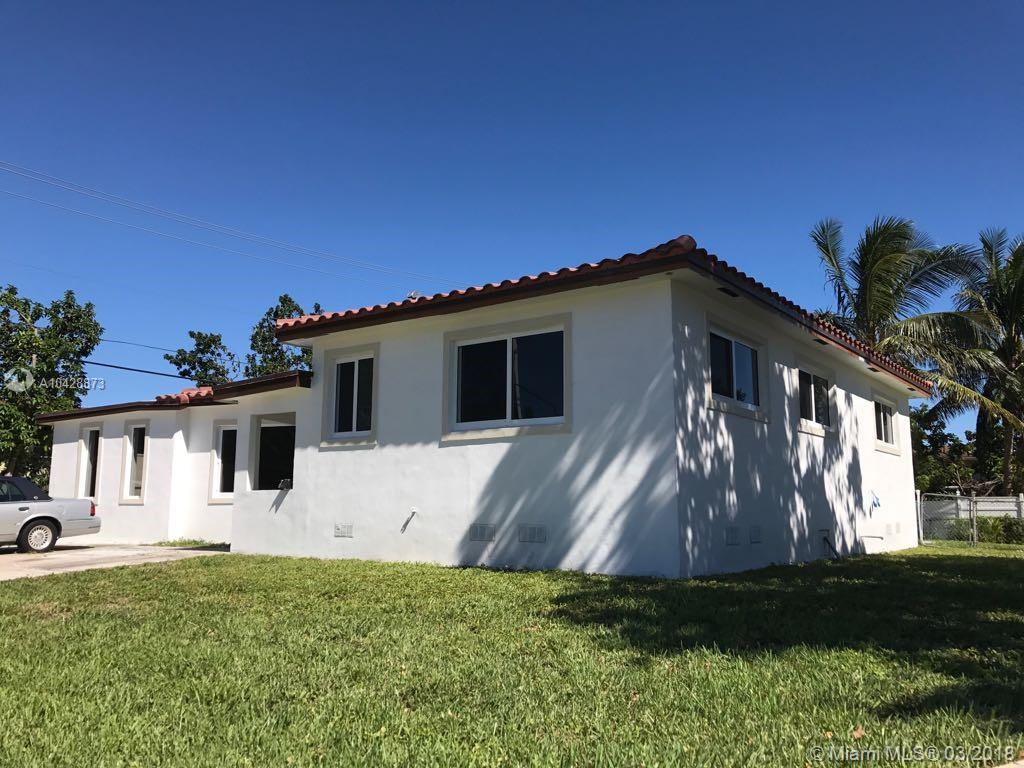 12505 NE Miami PL  For Sale A10428873, FL