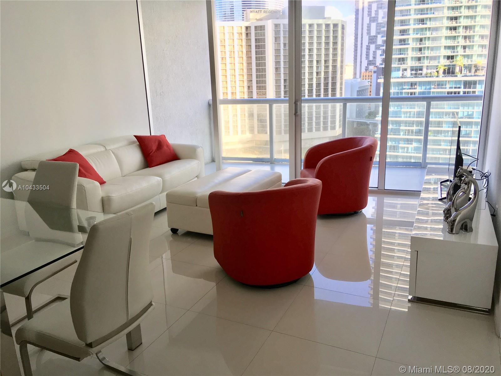 Welcome Home! Relax and Enjoy your stay in this gorgeous all-white modern 1 bedroom apartment located at the luxury Icon Brickell Tower three, where the W hotel is also located. CAN BE RENTED DAILY, WEEKLY OR MONTHLY. We provide our guests all they need to have a pampering experience (towels, bed sheets, glassware, cooking utensils, and more). Free Internet and more. Valet parking is included only in monthly rentals. Contact Us for weekly and daily rates.