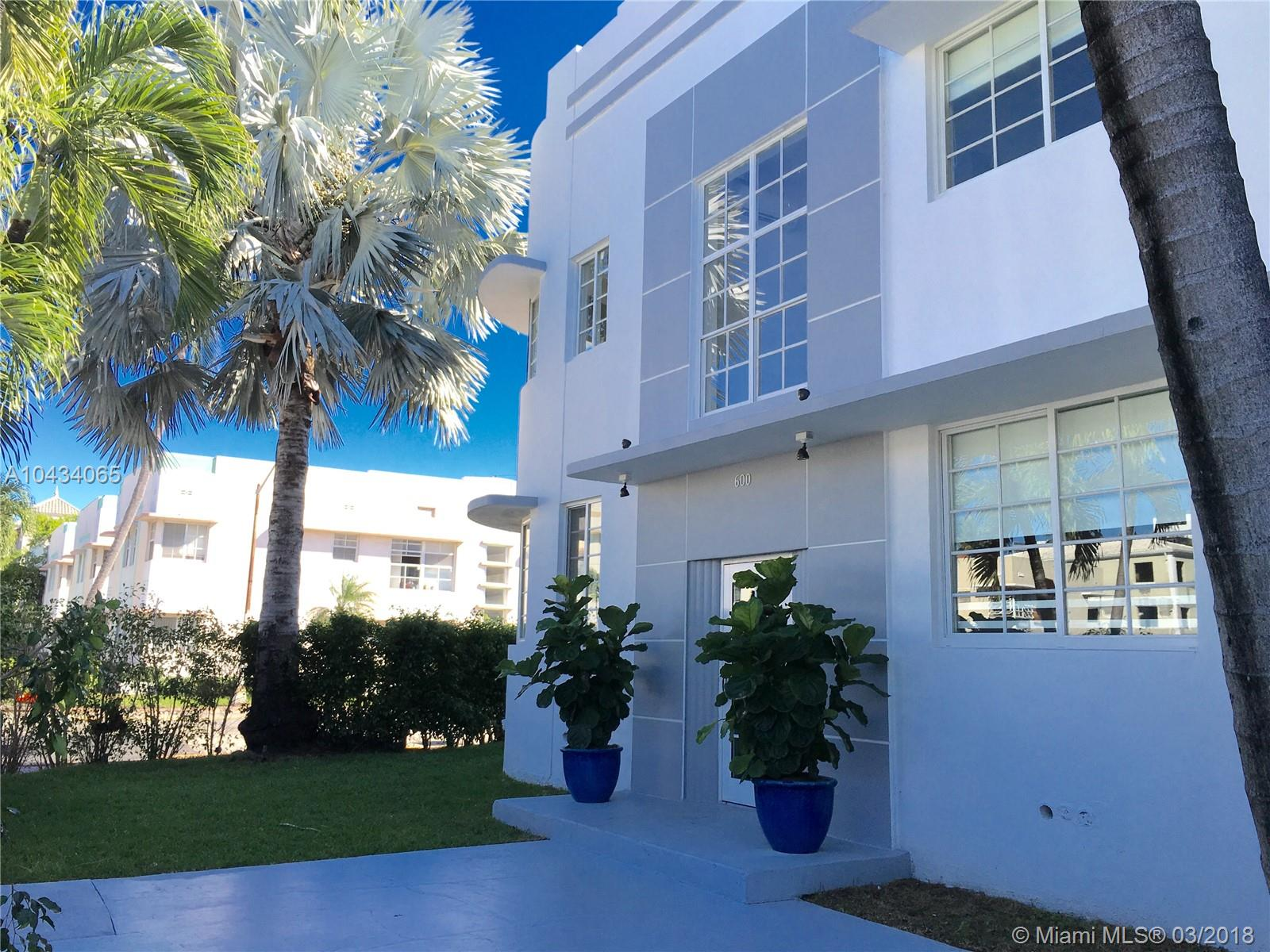 600  15th St #5 For Sale A10434065, FL