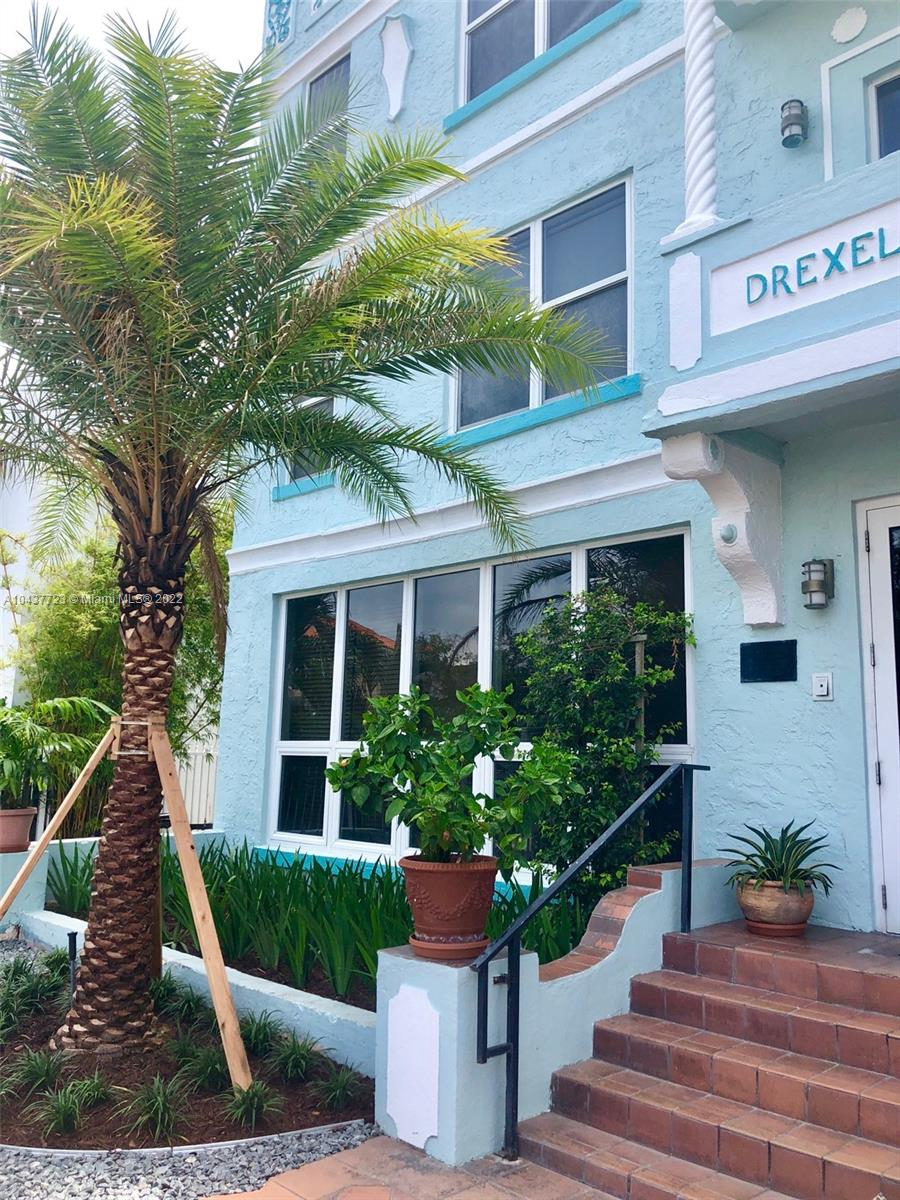 1218  Drexel Ave #204 For Sale A10437723, FL