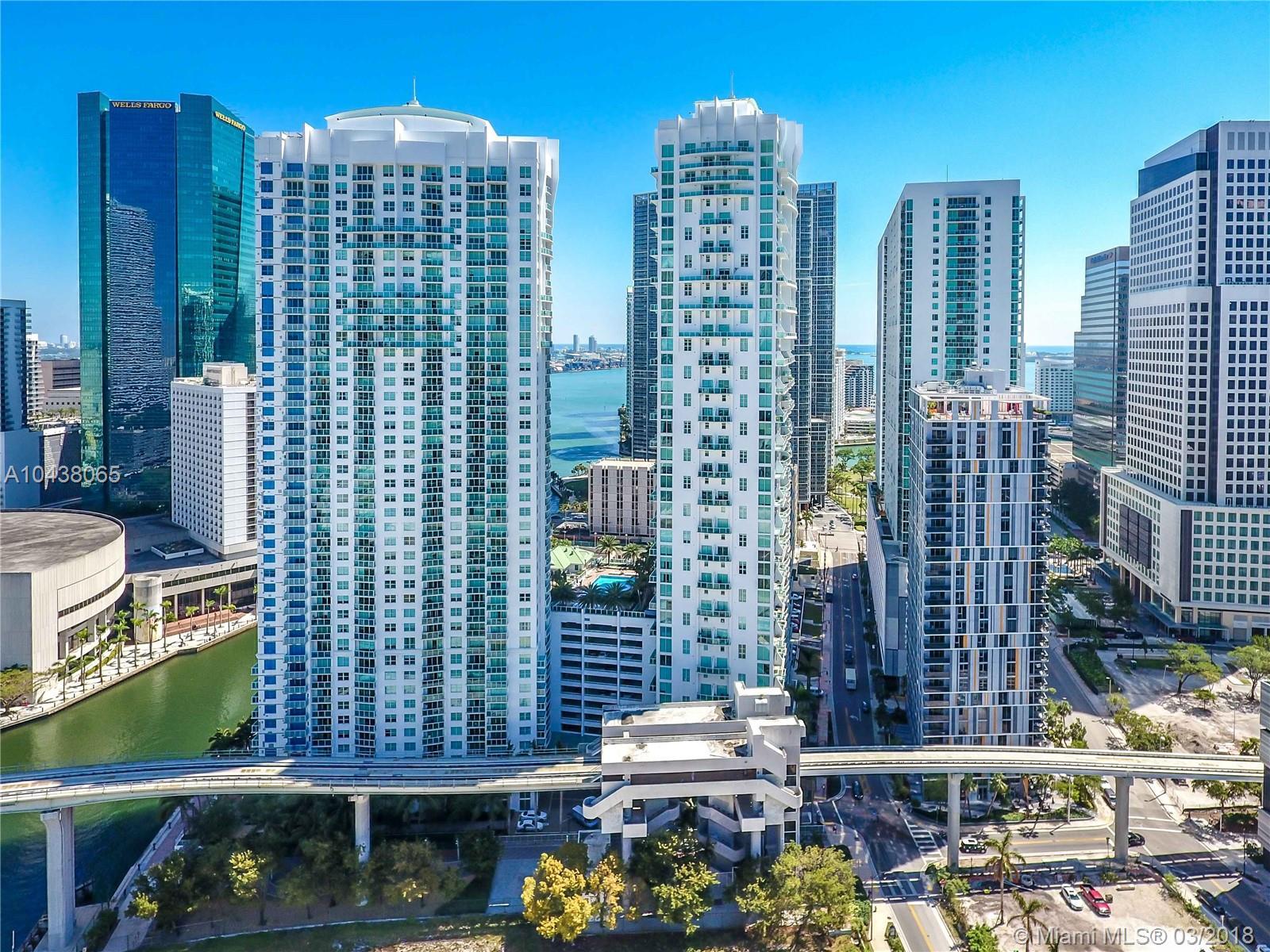 31 SE 5th St #4212, Miami FL 33131