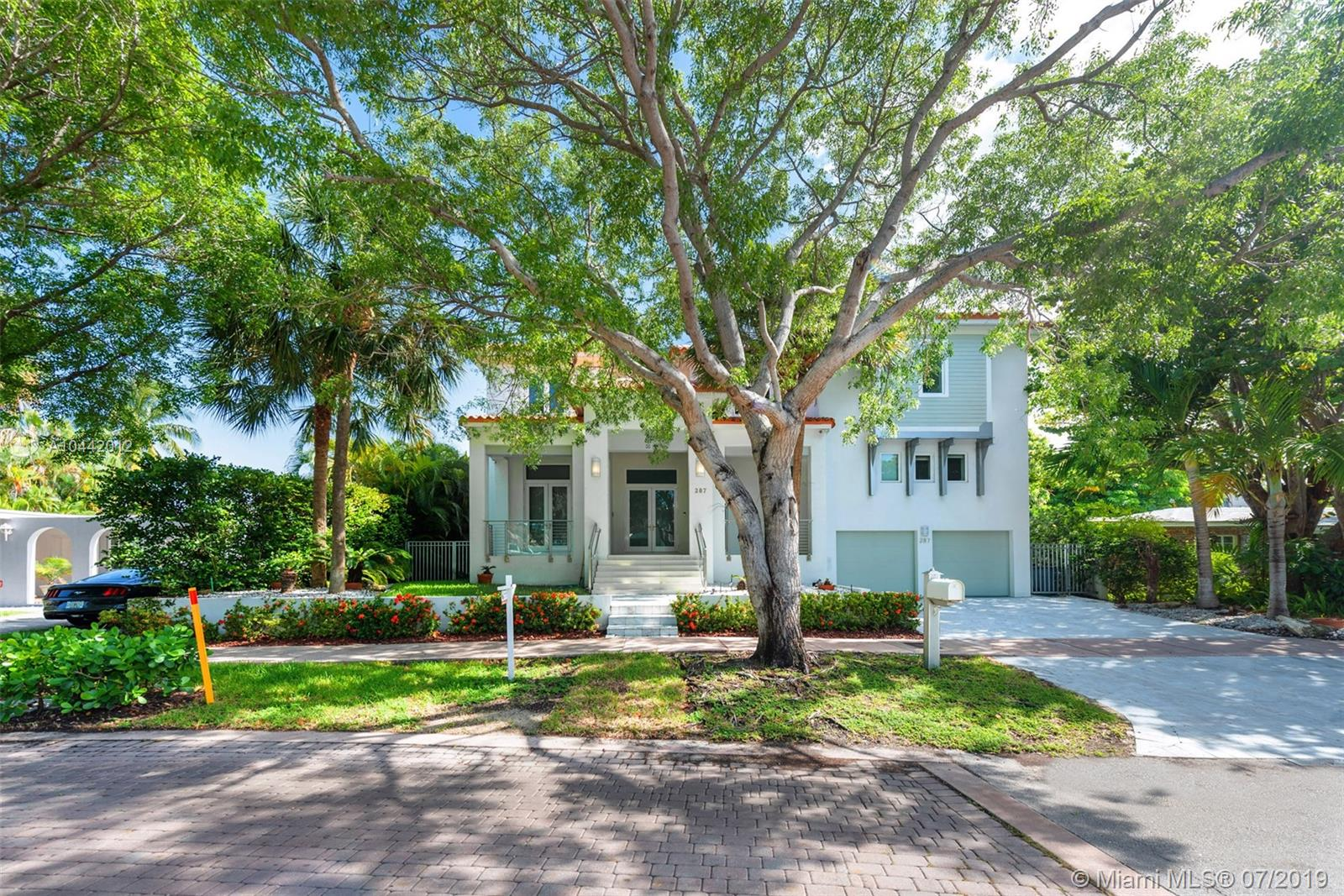 287 W Mashta Dr  For Sale A10442012, FL