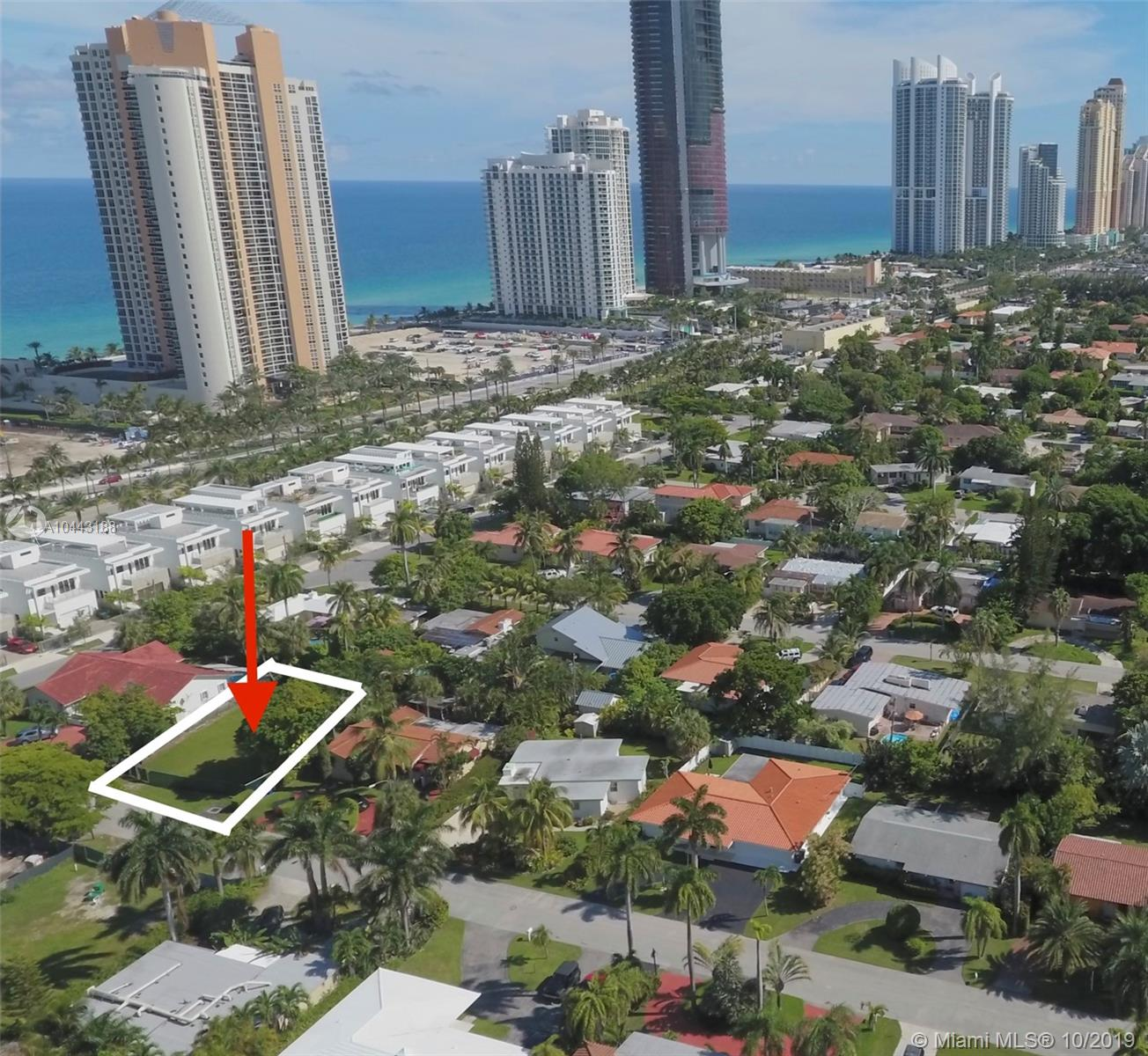 212  191st St  For Sale A10443188, FL