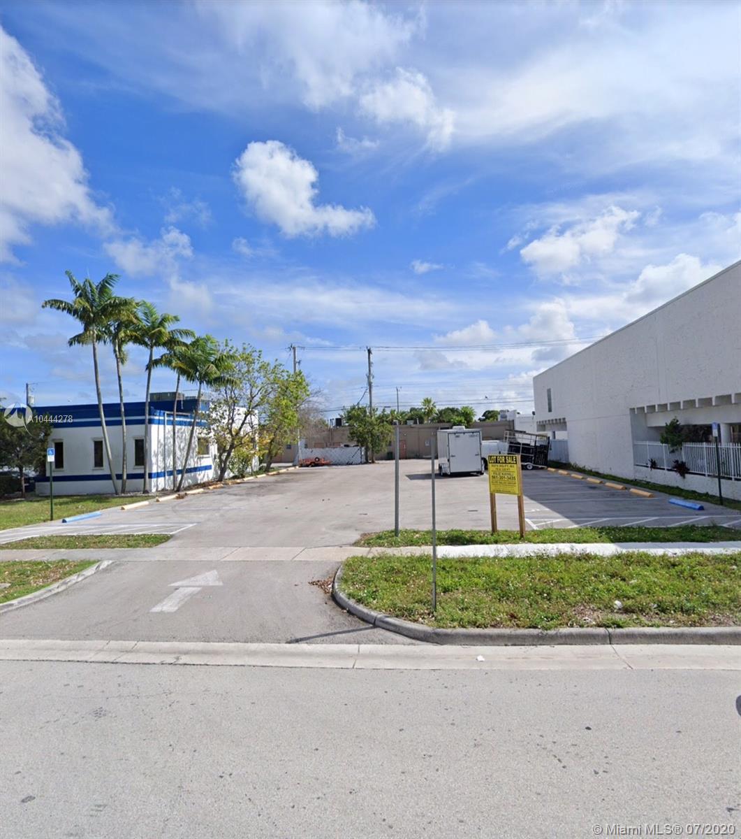 84 NE 168th St  For Sale A10444278, FL
