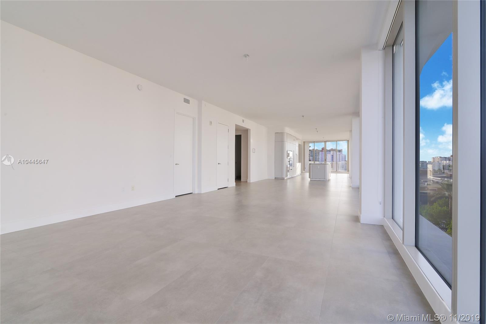 16901  Collins Ave   505