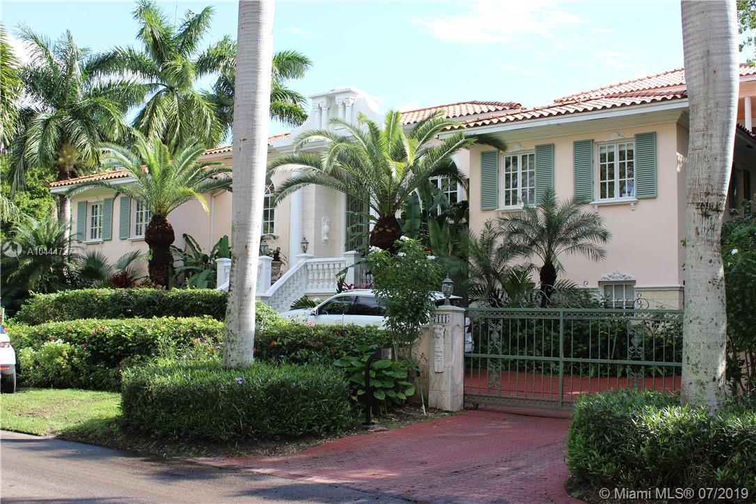 7111  Los Pinos Blvd  For Sale A10444727, FL