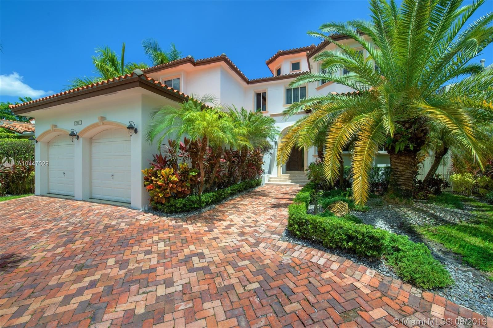 2181 N Bay Rd  For Sale A10447029, FL