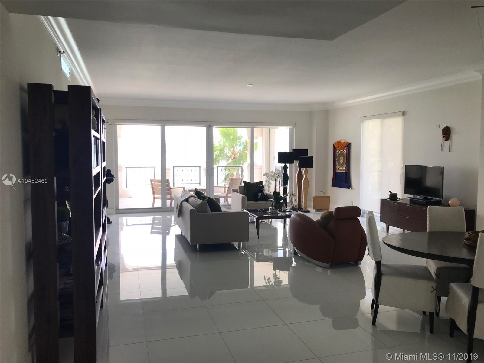 Bayview corner residence . Completely  renovated with beautiful white porcelain flooring  and upgraded appliances, Spacious bright rooms with unobstructed views of downtown Miami skyline and the bay.  Renovated building, pool area and landscaping.