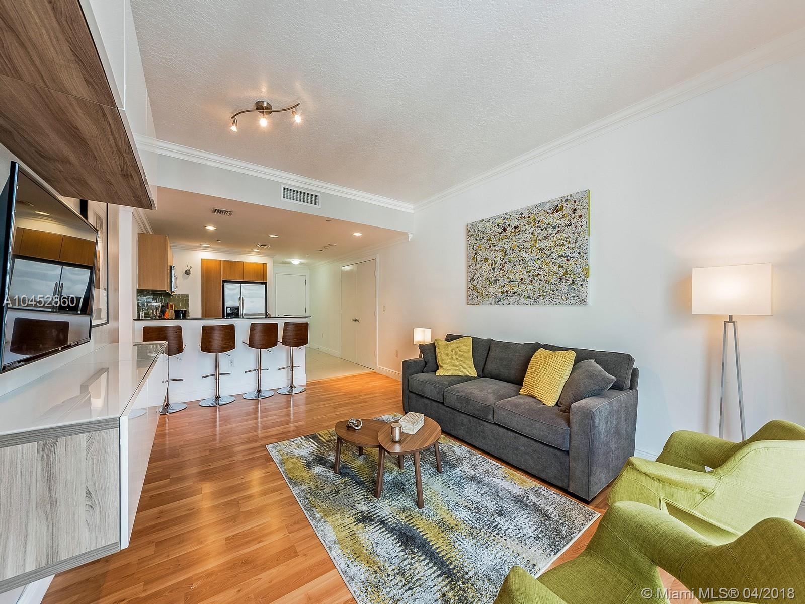 Great Investment Opportunity! Call listing agent for details on prior rental history. Corner unit 2/2 at 1060 Brickell ready to move in! 1060 Brickell is in the heart of Brickell Avenue. Top of the line amenities including virtual golf room, wine/cigar room, gym etc. Restaurants, shopping and more within walking distance. Breath-taking views of Brickell and Downtown Miami Area. Furniture is negotiable.
