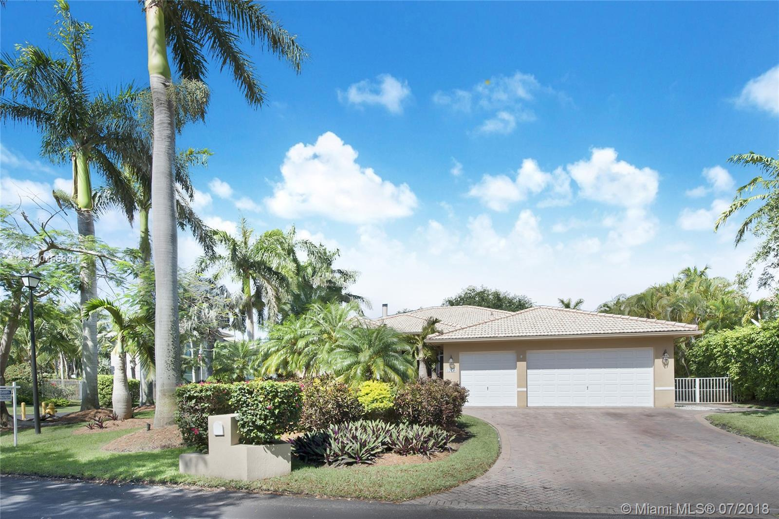 17050 SW 74th Ave  For Sale A10455934, FL