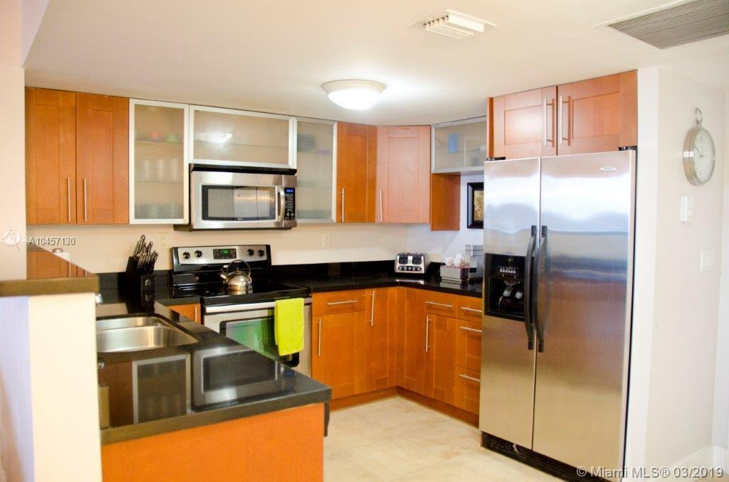 2301  Collins Ave #837 For Sale A10457130, FL