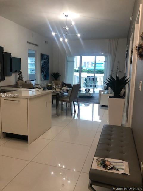 250 Sunny Isles Blvd #TH407, Sunny Isles Beach FL 33160