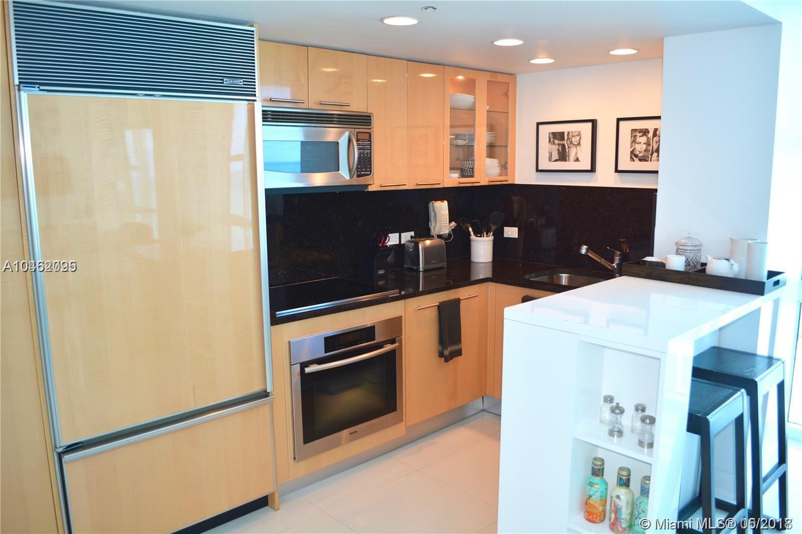 6801  Collins Ave #1407 For Sale A10462095, FL