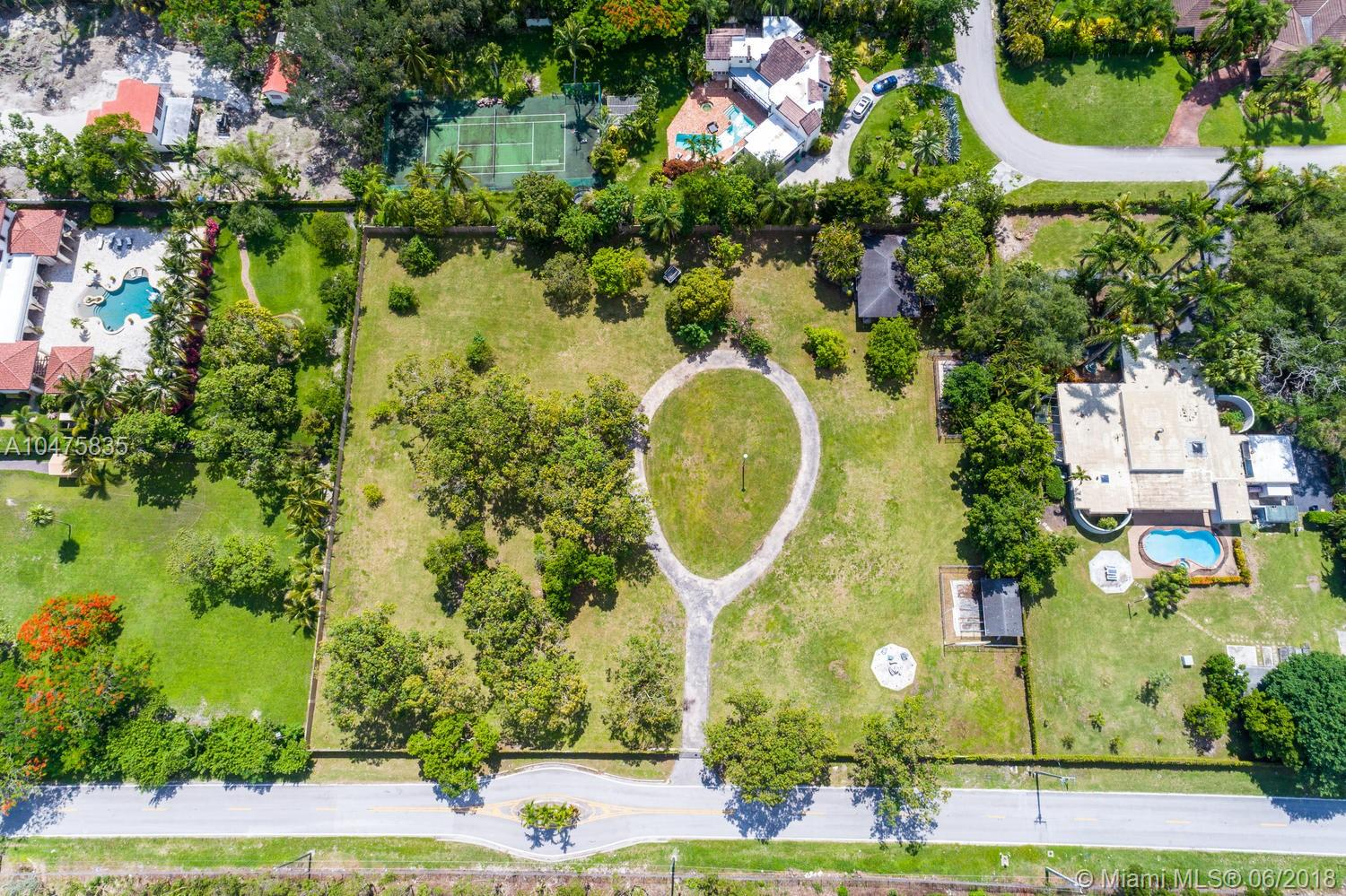 6555 SW 76th Ave  For Sale A10475835, FL
