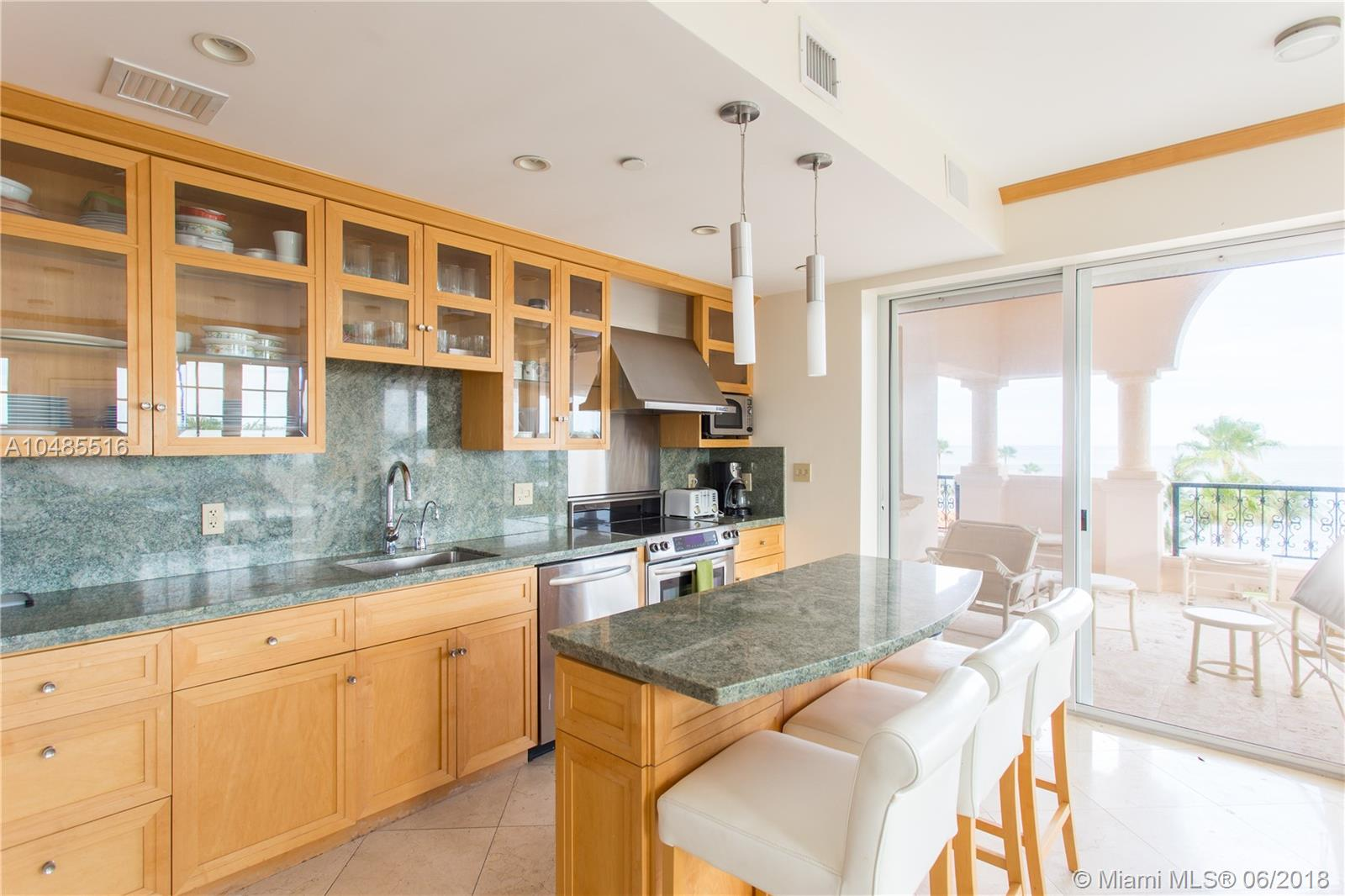 19153  Fisher Island Dr #19153 For Sale A10485516, FL