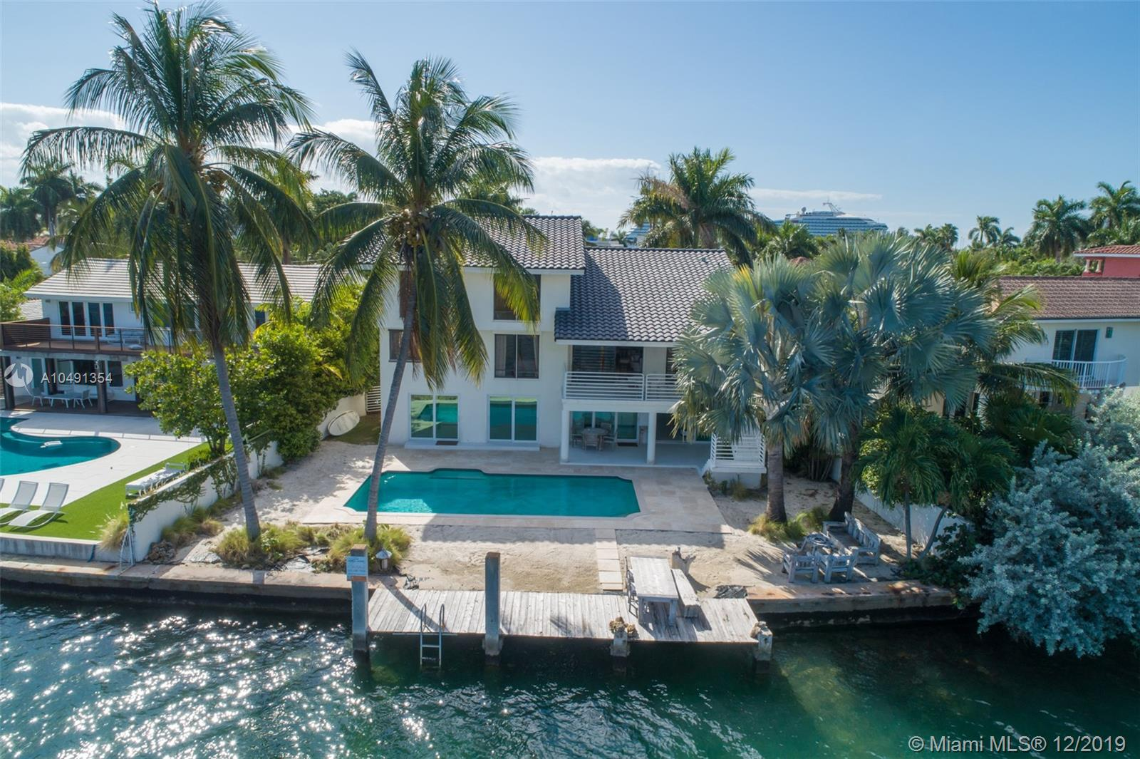 297 N Coconut Ln  For Sale A10491354, FL